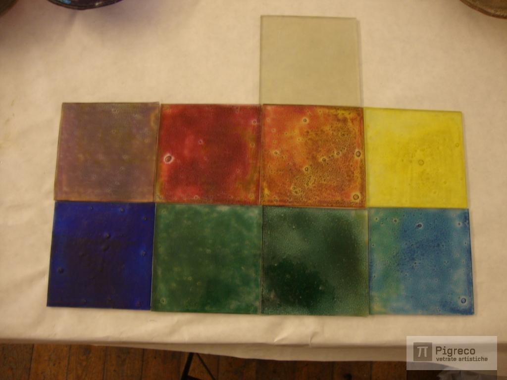 Mattonelle di vetro top mattonelle di mosaico di vetro - Piastrelle di vetro ...